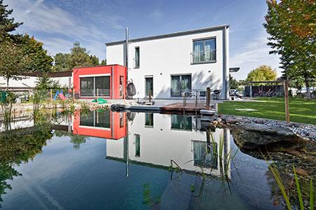 Home huber immobilien e k for Bauhaus architektur heute